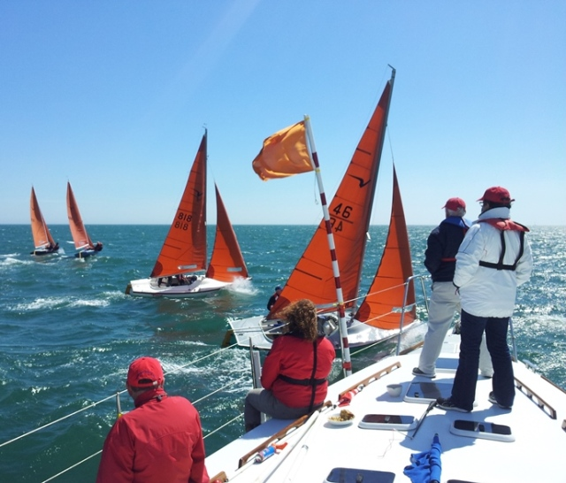 A colourful start on Dublin Bay: Squibs at the Royal Alfred Baily Bowl 26 May 2013