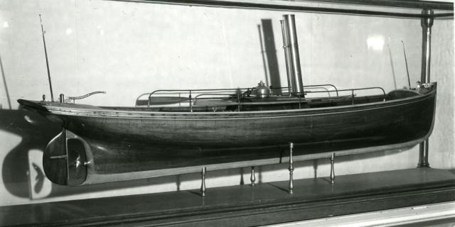 Working steam launch model by T.C. Orr Jr. (McLean Museum and Art Gallery, Inverclyde Council)