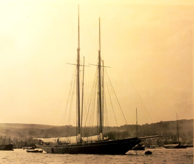Rainbow in her first season,  moored off Gourock, Clyde, 1898. (ddff)