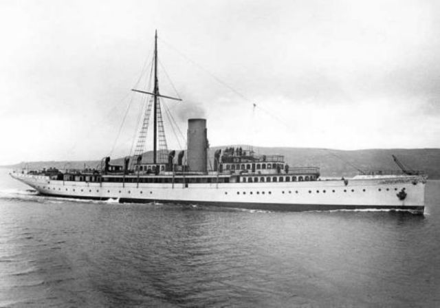 Lysistrata during her trials on the Firth of Clyde, spring 1901. (www.triptod.com)